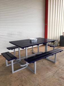 custom-painted-picnic-table4