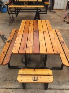 custom-picnic-table-with-horseshoe-brands