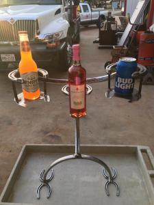 unique-beer-beverage-holder-horseshoes